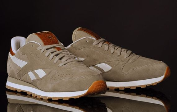 canvas beige-classic leather-reebok_02