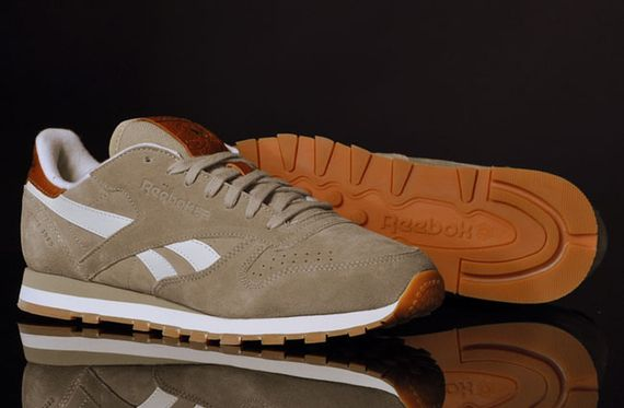 canvas beige-classic leather-reebok_03