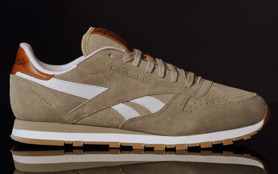canvas beige-classic leather-reebok_06