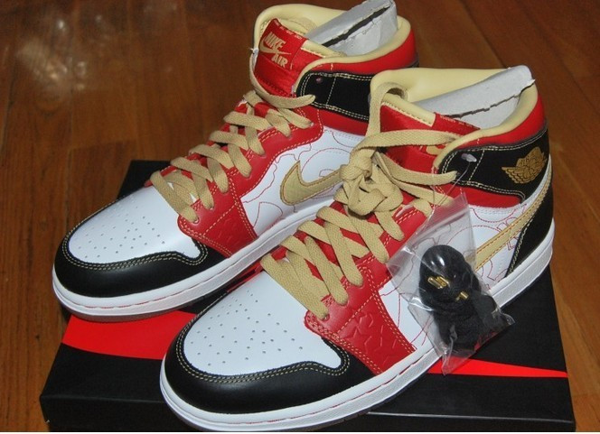 nike-air-jordan-1-high-xq_02