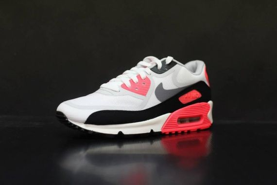 nike-air-max-90-infrared_05_result