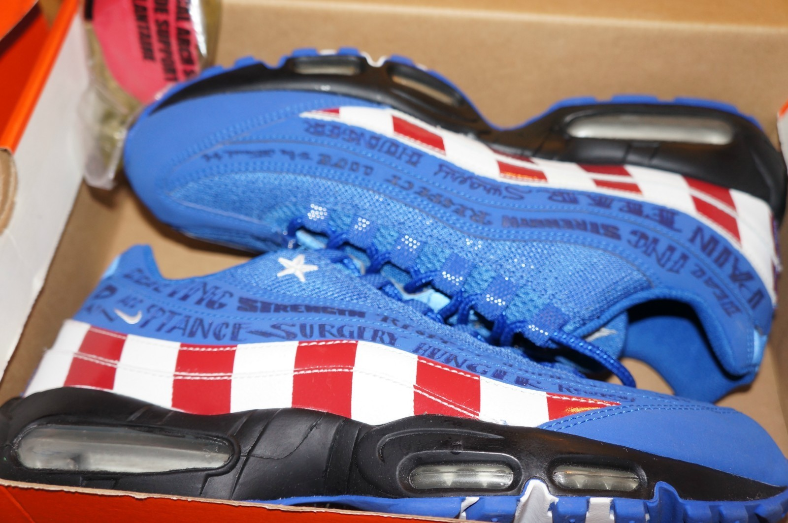 hot sale online 4d0f8 2d6a7 ... new zealand nike air max 95 doernbecher available early on ebay e1fb7  56d46