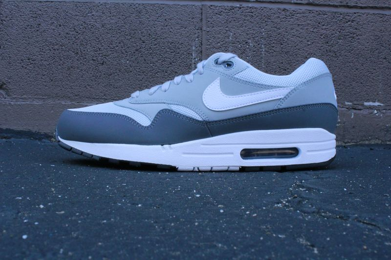 nike-air-max-dark-grey_03_result