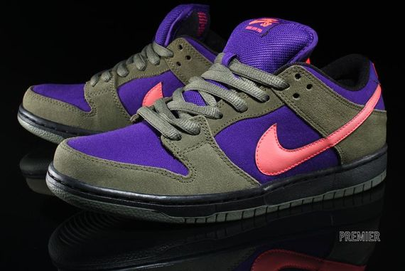 olive-atomic red-electric purple-dunk low pro-nike sb