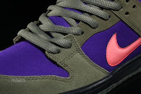 olive-atomic red-electric purple-dunk low pro-nike sb_03