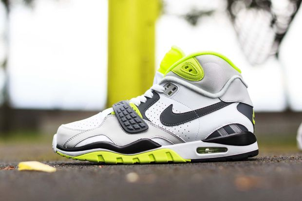 Nike Air Trainer Sc II Quickstrike_02