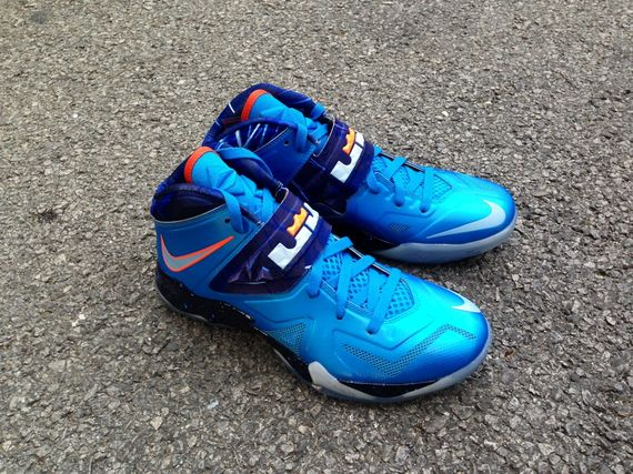 "Nike Lebron Zoom Soldier VII ""Galaxy""_04"