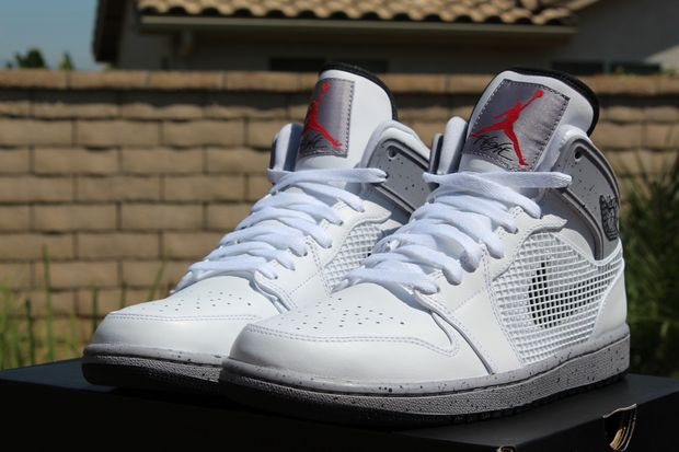 air-jordan-1-cement-high_04