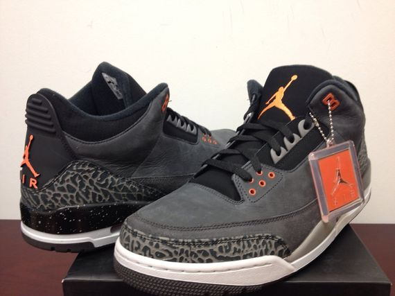air-jordan-3-retro-fear_03