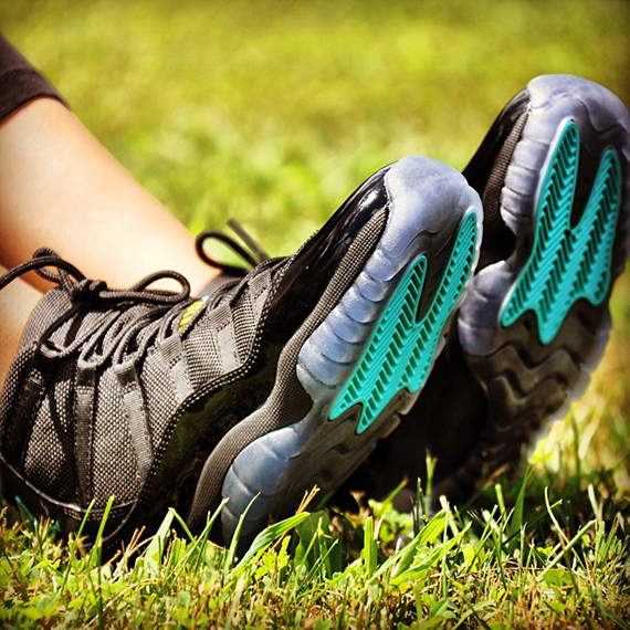 air-jordan-xi-gs-gamma-blue-on-feet-2