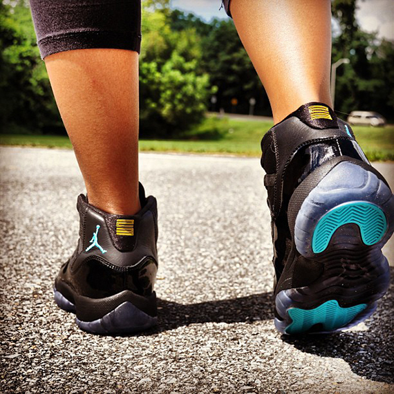 air-jordan-xi-gs-gamma-blue-on-feet-4