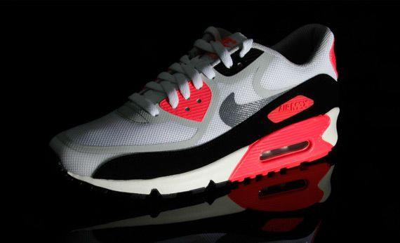 infrared-nike-air-max-90-tape-06