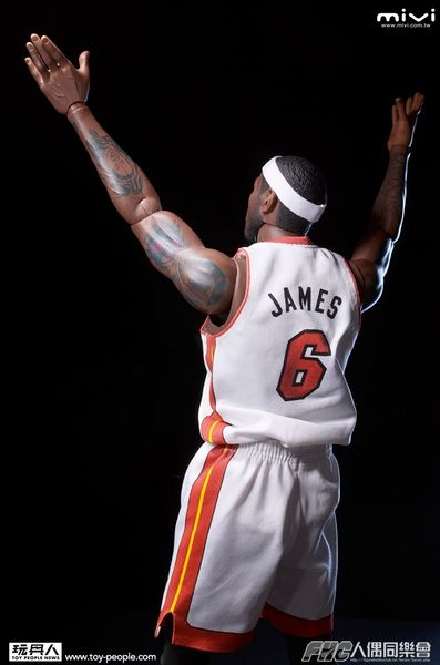 lebron-james-enterbay_13_result