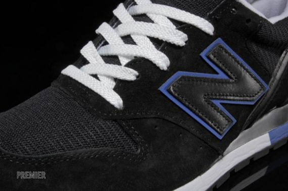 new balance-996-black-blue_03