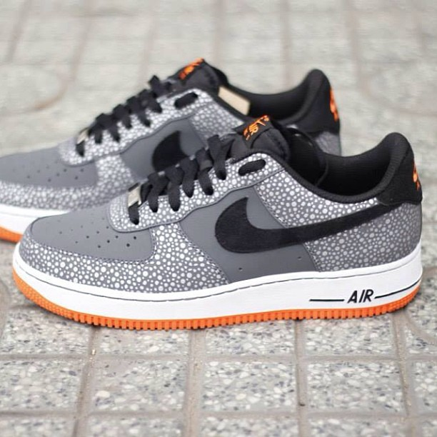 nike-air-force-1-safari_03