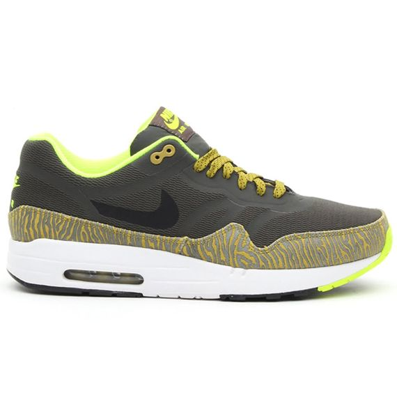 nike-air max 1-tape-newsprint-black-parachute gold-summit white