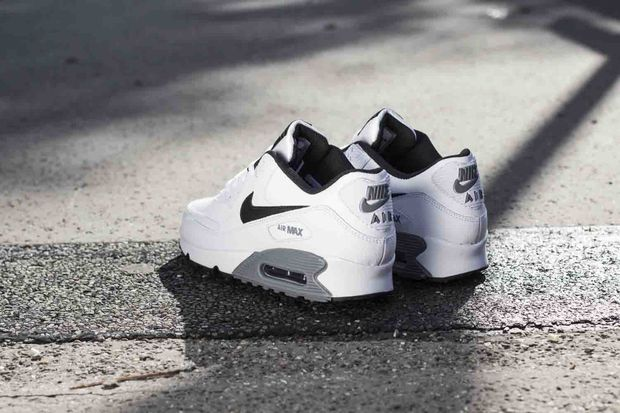 nike-air-max-90-cool-grey_03_result