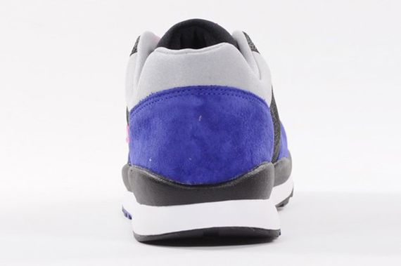 nike-air safari-deep royal-pink