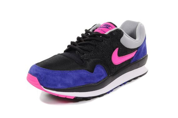 nike-air safari-deep royal-pink_05