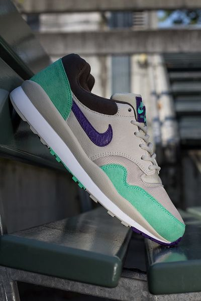 nike-air safari-purple cement_04