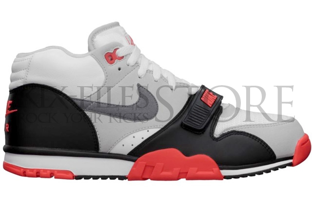 nike-air-trainer-1-infrared-prm