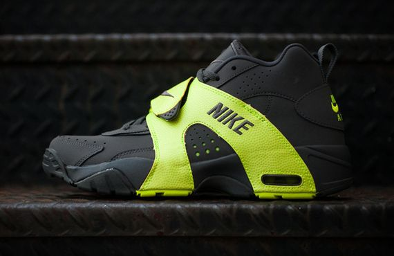 nike-air veer-dark grey-volt