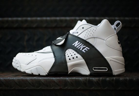 nike-air veer-white-black