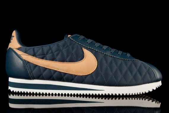 nike-cortez-nylon-quilted pack_02