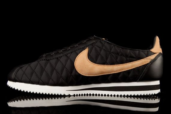 nike-cortez-nylon-quilted pack_08