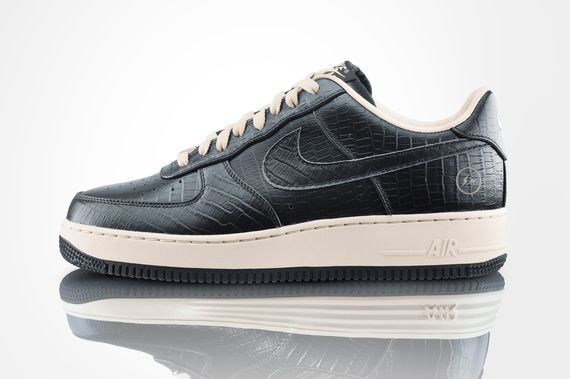 nike-lunar-air-force-one-fragment-pack_02_result