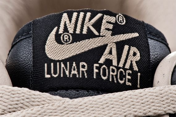nike-lunar-air-force-one-fragment-pack_03_result