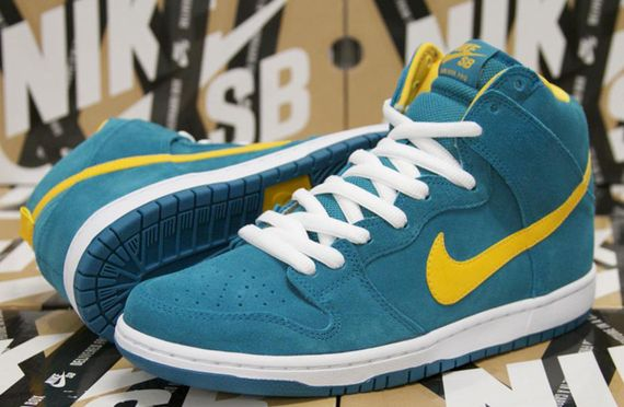 nike sb-dunk hi-tropical teal-university gold