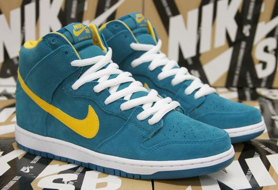 nike sb-dunk hi-tropical teal-university gold_02