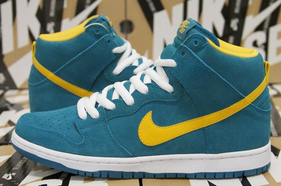 nike sb-dunk hi-tropical teal-university gold_04