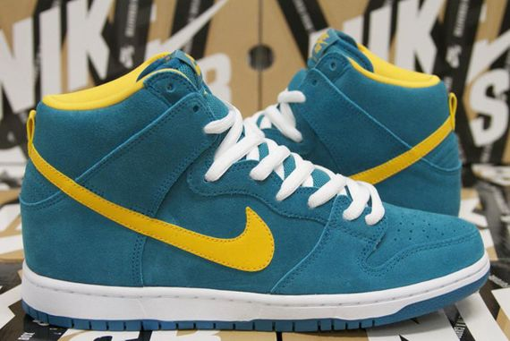 nike sb-dunk hi-tropical teal-university gold_05