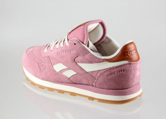 reebok-classic leather-suede-wine-paperwhite_02
