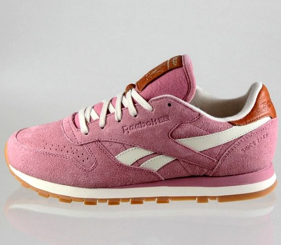 reebok-classic leather-suede-wine-paperwhite_04