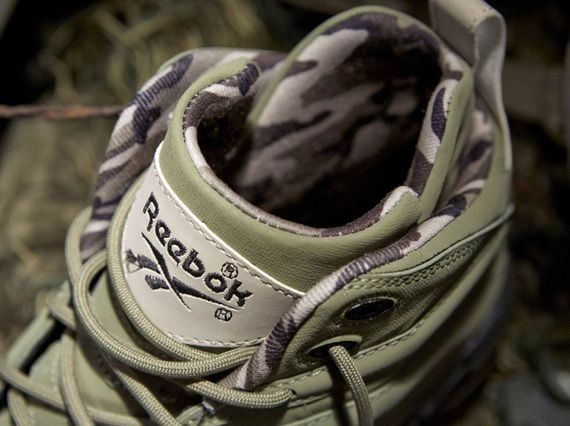 reebok-classics-barracks_04_result