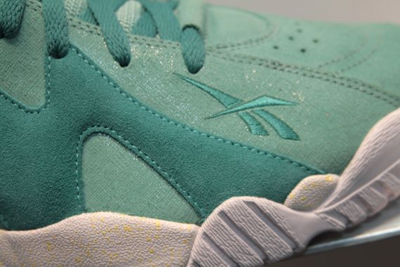 reebok-kamikaze-mid-solecollector-teal_03_result