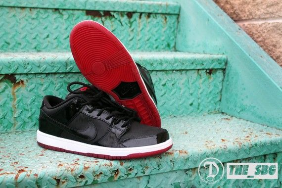 sb-dunk-low-bred_07_result