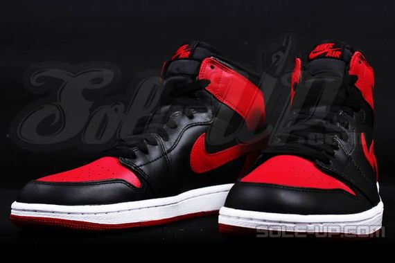 AIR JORDAN 1 HI OG RETRO CHICAGO BRED