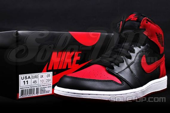 AIR JORDAN 1 HI OG RETRO CHICAGO BRED_09