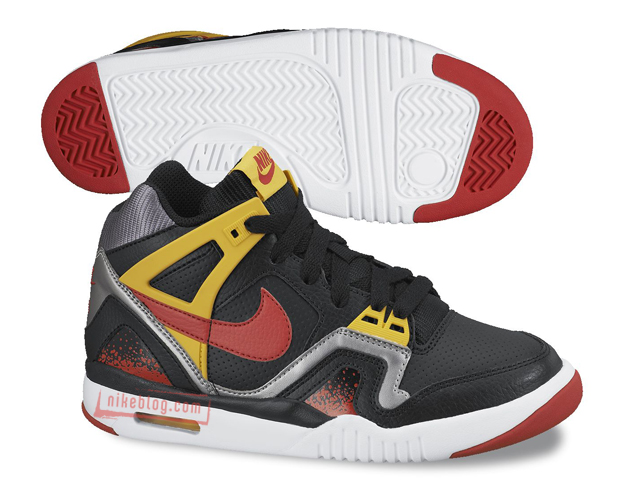 Nike-Air-Tech-Challenge-II-1