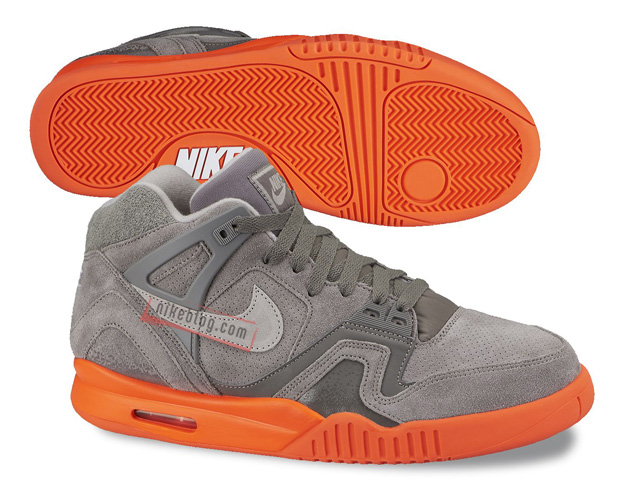 Nike-Air-Tech-Challenge-II-SUEDE-PACK-3