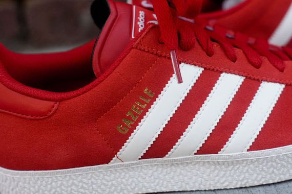 adidas-gazelle-red-white_06