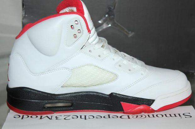 air-jordan-5-fire-red-sole_02