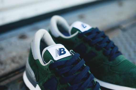 new balance-990-green-blue_03