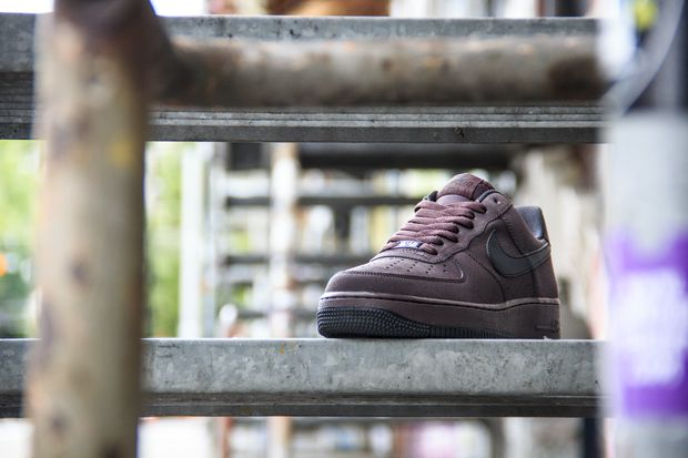 nike-air-force-1-madeira-brown_03_result