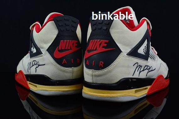 nike-air-jordan-4-fire-red_02