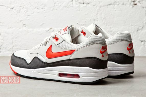 nike-air max 1-challenge red